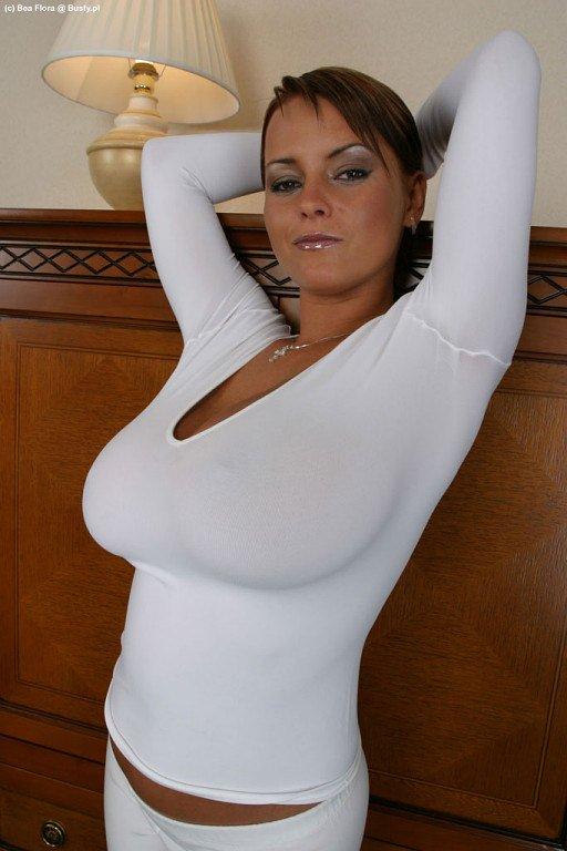 nicole weaver nude pics